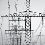 Strommast Ausschnitt grau